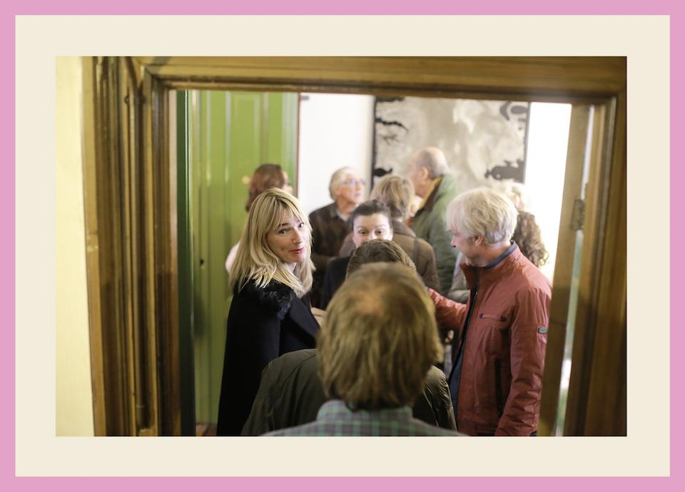 http://www.riadierckskroon.nl/wp-content/uploads/Pagina-boekje-04-Namen-kunstenaars-Foto-L-D.jpg